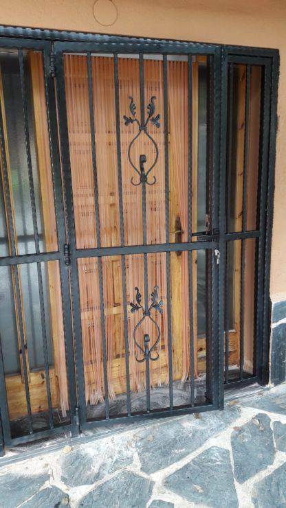 Puerta forja Cerrajeria Jate